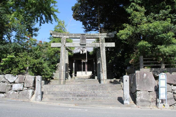 基山町の宝満神社
