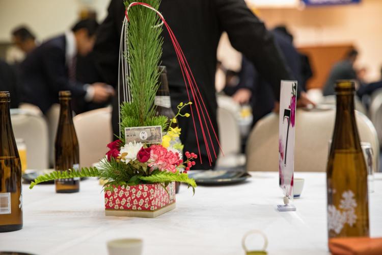 テーブル装花に1万円