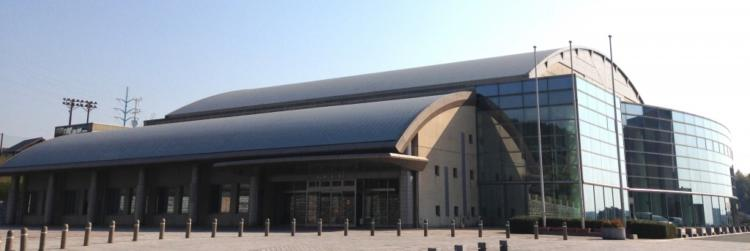 基山町総合体育館の外観