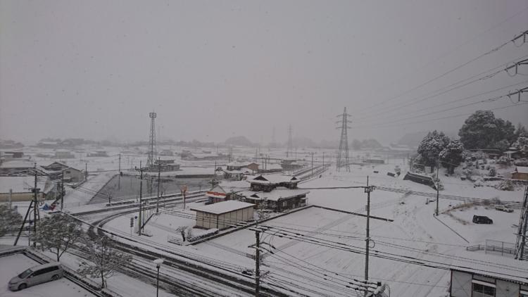 基山町役場周辺の雪景色