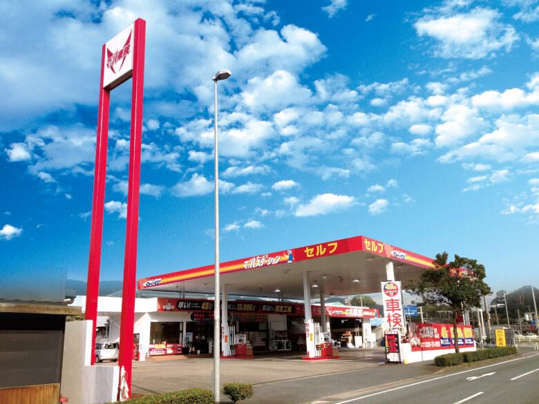 基山町3号線沿いの田中石油店